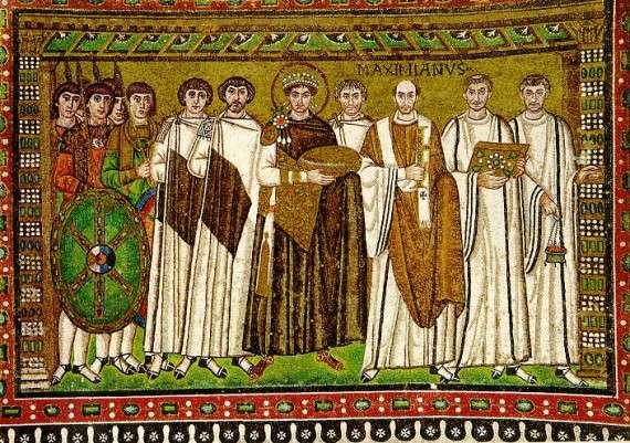 Ο Ιουστινιανός Α΄ (Λατινικά: Flavius Petrus Sabbatius Iustinianus, 11 Μαΐου 482 - 14 Νοεμβρίου 565), γνωστός και ως Μέγας Ιουστινιανός, υπήρξε ένας από τους σημαντικότερους Ρωμαίους αυτοκράτορες της Ανατολής, κυβερνώντας από το 527 έως το 565. Μωσαϊκό Στη Ραβέννα της Ιταλίας