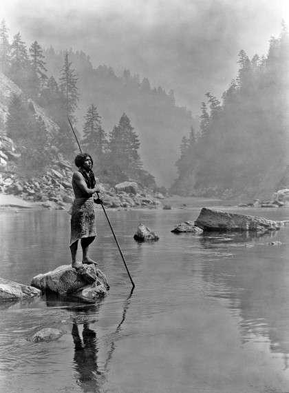 Άνδρας από τη φυλή Χούπα, 1923