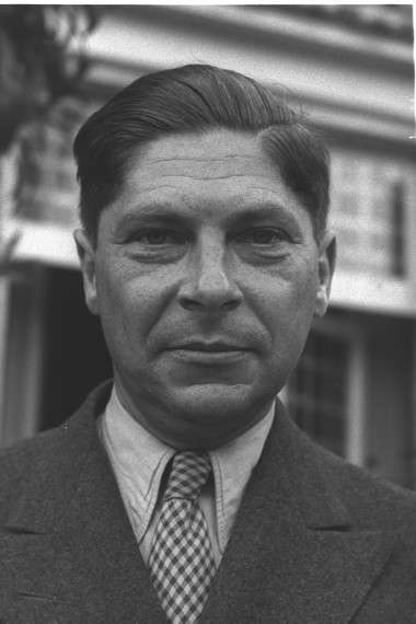 Ο Άρθουρ Κέσλερ (Arthur Koestler, 1905 – 1 Μαρτίου 1983)