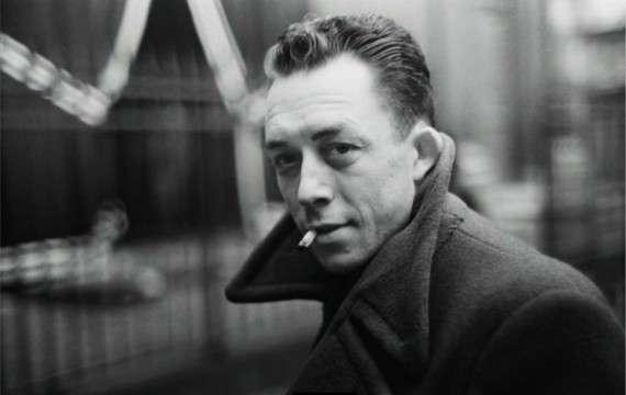 Ο Αλμπέρ Καμύ (Albert Camus, προφέρεται: [albɛʁ kamy], 7 Νοεμβρίου 1913 - 4 Ιανουαρίου 1960) ήταν Γάλλος φιλόσοφος και συγγραφέας, ιδρυτής του Theatre du Travail (1935), για το οποίο δούλεψε ως σκηνοθέτης, διασκευαστής και ηθοποιός. Χρωστά σχεδόν εξίσου τη φήμη του στα μυθιστορήματά του Ο Ξένος και Η Πανούκλα, στα θεατρικά του έργα Καλλιγούλας και Οι δίκαιοι και τέλος στα φιλοσοφικά του δοκίμια Ο Μύθος του Σίσυφου και Ο επαναστατημένος άνθρωπος. Τιμήθηκε το 1957 με το Βραβείο Νόμπελ Λογοτεχνίας.