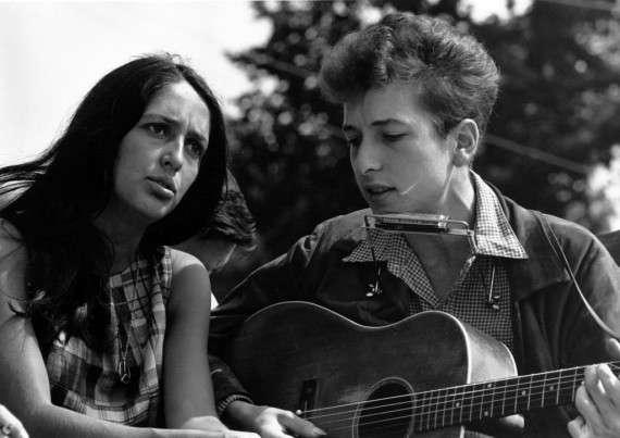 Η Τζόαν Μπαέζ και ο Μπομπ Ντίλαν, 1963