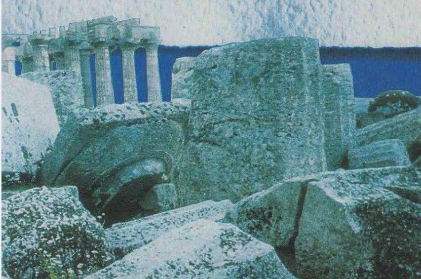Glotz Gustave – Η ελληνική πόλις (PDF), εκδ. ΜΙΕΤ