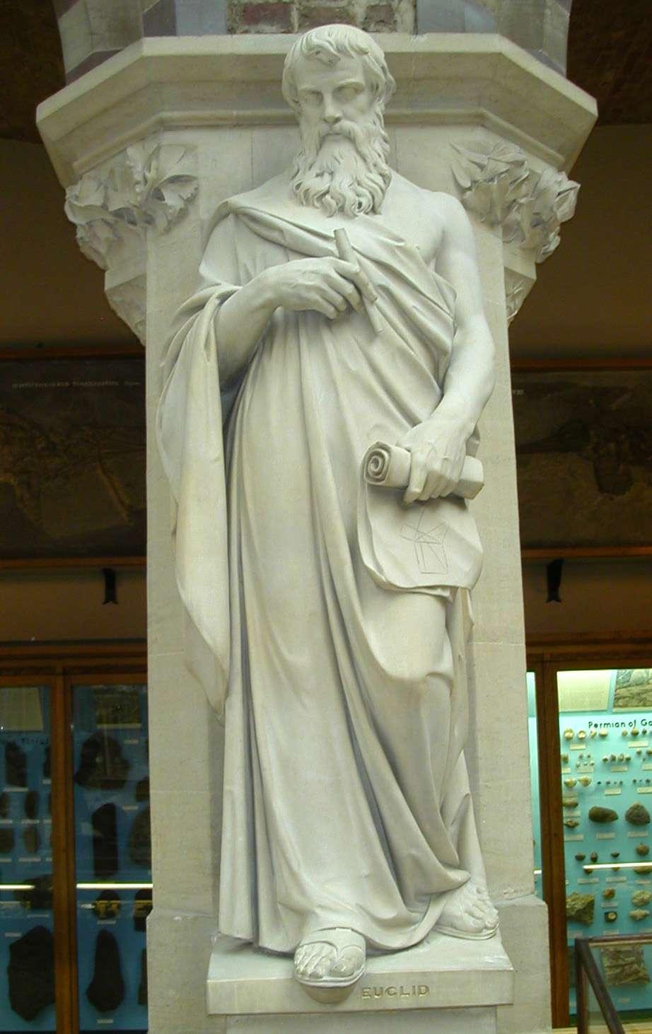 Άγαλμα του Ευκλείδη στο Πανεπιστήμιο της Οξφόρδης. Μουσείο Φυσικής Ιστορίας