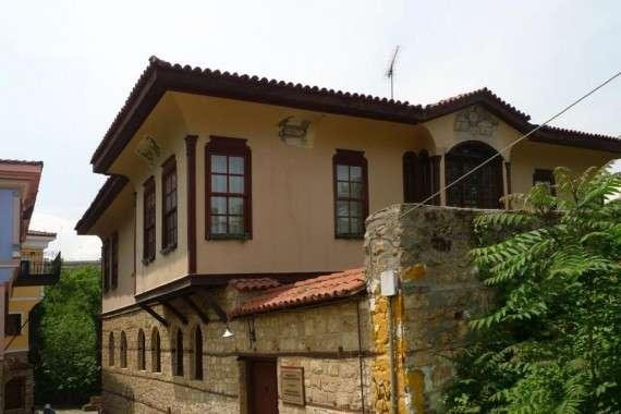 Βέροια, σήμερα. Δείγμα παραδοσιακής αρχιτεκτονικής στη συνοικία της Μπαρμπούτας