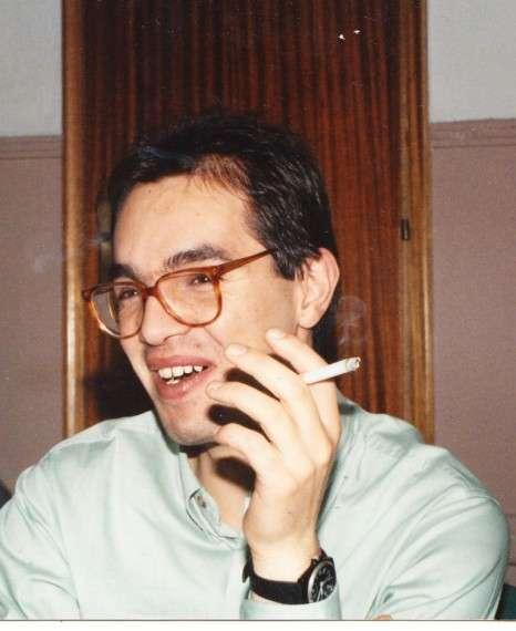 """Ο Φώτης Μπατσίλας, κάπου στις αρχές της δεκαετίας του 1990. Λιβαδερό, στην ταβέρνα του """"Κάκα""""."""