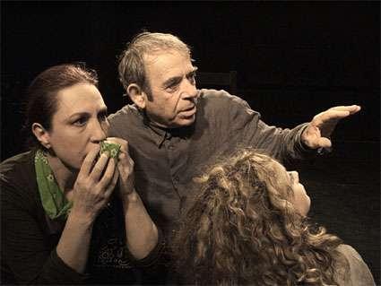 «Το Αμάρτημα της Μητρός μου» του Γεωργίου Βιζυηνού σε σκηνοθεσία Κωστή Καπελώνη με τον Ηλία Λογοθέτη στον πρωταγωνιστικό ρόλο