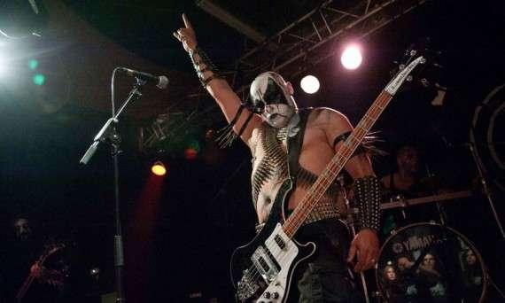 Ο Γιώργος Γερμενής είναι βουλευτής της Χρυσής Αυγής. Συμμετέχει ως μπασίστας με το ψευδώνυμο Καιάδας στο ελληνο-νορβηγικό black metal συγκρότημα Naer Mataron, το οποίο έχει κυκλοφορήσει τραγούδια με αναφορές στην παγανιστική νορβηγική μυθολογία, αντιχριστιανικούς στίχους και ύμνους στο Σατανά και τον Εωσφόρο