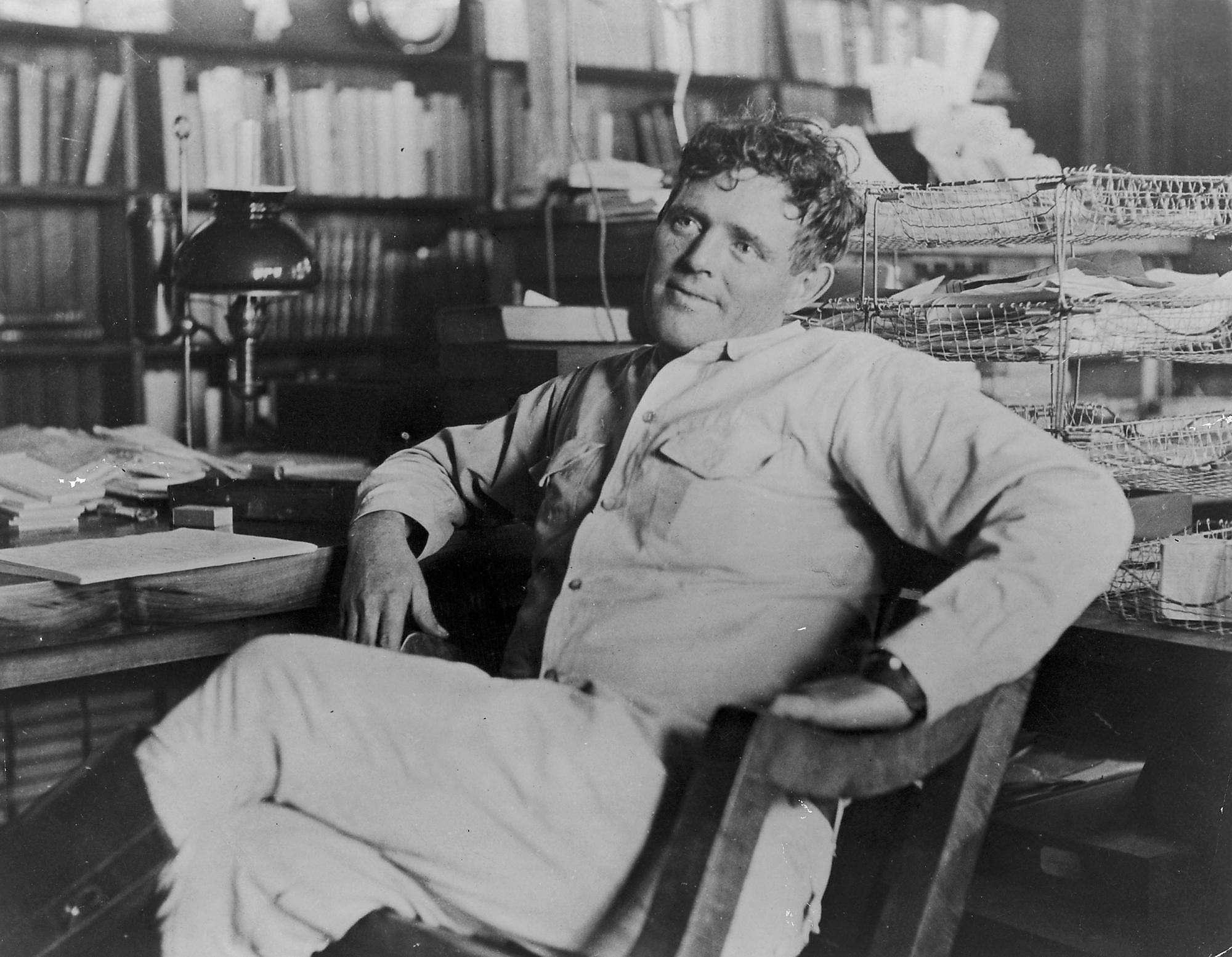 Ο Τζακ Λόντον (Jack London) (12 Ιανουαρίου 1876 - 22 Νοεμβρίου 1916) ήταν Αμερικανός συγγραφέας που έγραψε πάνω από 50 βιβλία, όπως Το κάλεσμα της άγριας φύσης, Μάρτιν Ήντεν, Ο θαλασσόλυκος,και άλλα.