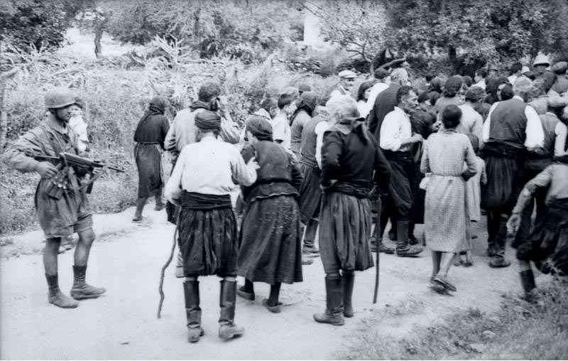 Φωτογραφία - ντοκουμέντο από την εκτέλεση στη μαρτυρική Βιάννο.
