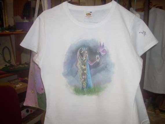 νεραιδούλα...!!! ζωγραφιά,με πινέλα σε t-shirt