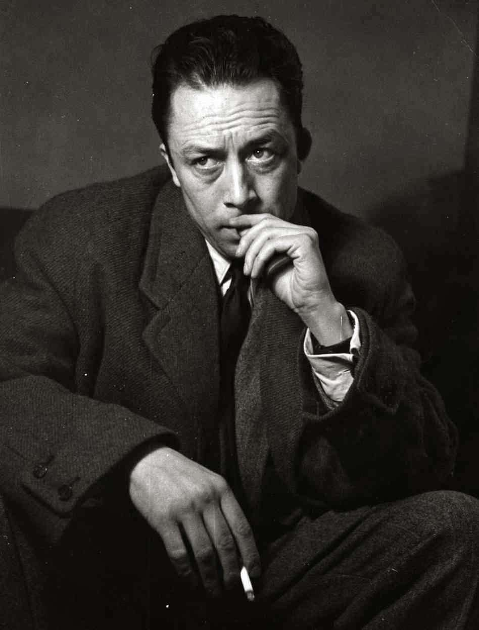 Ο Αλμπέρ Καμύ (Albert Camus, προφέρεται: [albɛʁ kamy], 7 Νοεμβρίου 1913 - 4 Ιανουαρίου 1960) ήταν Γάλλος φιλόσοφος και συγγραφέας, ιδρυτής του Theatre du Travail (1935), για το οποίο δούλεψε ως σκηνοθέτης, διασκευαστής και ηθοποιός.
