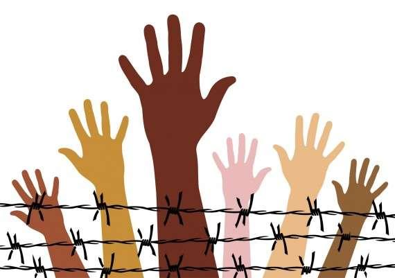 Τα «ανθρώπινα δικαιώματα» είναι πολιτικό εργαλείο μέσα σε μια πλανητική κατάσταση, η πυκνότητα της οποίας καθιστά βέβαια απαραίτητη τη χρήση οικουμενιστικών ιδεολογημάτων, μέσα στην οποία όμως η δεσμευτική ερμηνεία των ιδεολογημάτων αυτών συνεχίζει να εναπόκειται στις διαθέσεις και στα συμφέροντα των ισχυρότερων εθνών.
