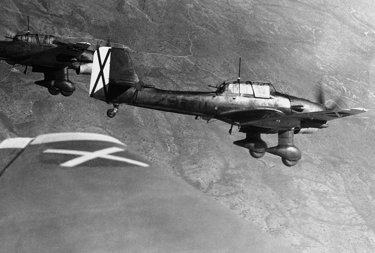 Ju-87 Stuka της γερμανικής μονάδας Κόνδωρ