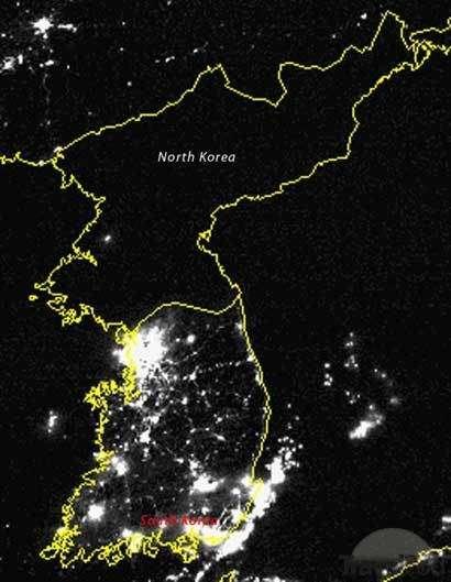 Οι δύο Κορέες σε νυχτερινή φωτογραφία δορυφόρου