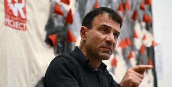Ο Κώστας Λαπαβίτσας, καθηγητής Οικονομικών στο πανεπιστήμιο του Λονδίνου, συζητήθηκε πολύ τις τελευταίες μέρες, με αφορμή την πρόταση στελεχών του ΣΥΡΙΖΑ να συμπεριληφθεί στο ευρωψηφοδέλτιο του κόμματος.