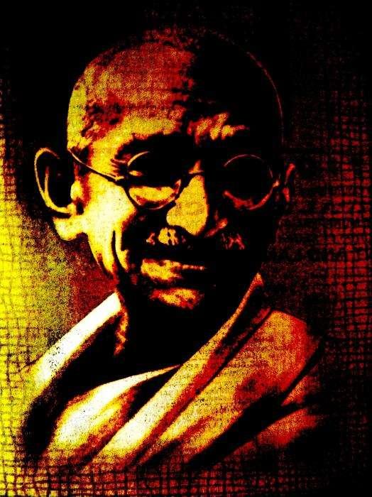 Το 1934 έγινε καταστροφικός σεισμός στο Μπιχάρ, που ο Γκάντι απέδωσε στη σκληρή στάση των Ινδουιστών στους «κατώτατους». Ακόμη και οπαδοί του τον κατηγόρησαν για τη σύνδεση φυσικών φαινομένων με κοινωνικά θέματα, προωθώντας προλήψεις και δεισιδαιμονίες.