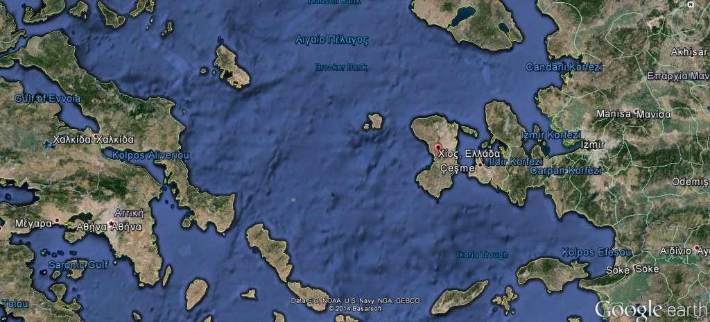 Μετά τη δεύτερη συνθήκη των Λακεδαιμονίων με τον Πέρση βασιλιά ο Θηριμένης παρέδωσε, ως όφειλε, όλες τις ναυτικές των Πελοποννησίων στον Αστύοχο. Από τη μεριά τους οι Αθηναίοι μετέβησαν από τη Σάμο στη Χίο και κυριαρχούσαν σε στεριά και θάλασσα.