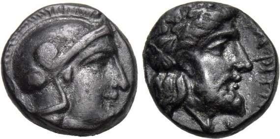 Ο Τισσαφέρνης ήταν σατράπης της Λυδίας και αξιωματικός του Περσικού στρατού της περιοχής της Μικράς Ασίας. Κατά τη διάρκεια του Πελοποννησιακού πολέμου συμμάχησε με τους Σπαρτιάτες και τους βοήθησε να κερδίσουν τους Αθηναίους. Νόμισμα εποχής