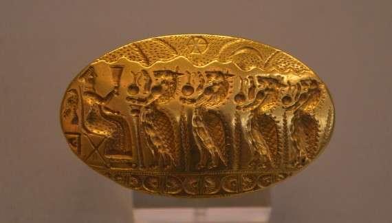 Σφραγιστικό δαχτυλίδι από την Τίρυνθα, 15ος αιώνας π.Χ., Αρχαιολογικό Μουσείο Αθηνώ