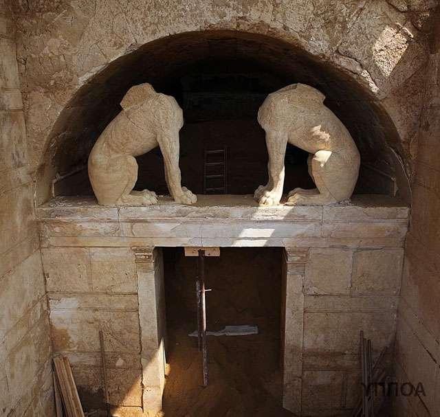 ανασκαφικές εργασίες από την ΚΗ Εφορεία Προϊστορικών και Κλασικών Αρχαιοτήτων στον Τύμβο Καστά, στην Αμφίπολη.