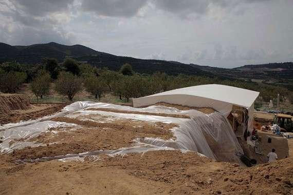 Ανασκαφικές εργασίες στον λόφο Καστά, στην Αμφίπολη