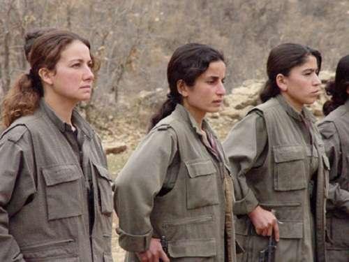 Τάγμα γυναικών μαχητών των Κούρδων