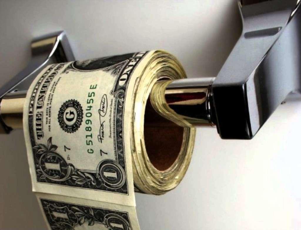 Η αποδοχή της λογικής του άμετρου πλουτισμού, ως παρεπόμενο της εμπορικής διάθεσης των προϊόντων, είναι η στιγμή της μετατροπής του χρήματος, δηλαδή του πλούτου, από εργαλείο σε αυτοσκοπό.