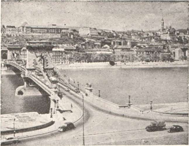 Sinas' Bridge at Budapest.