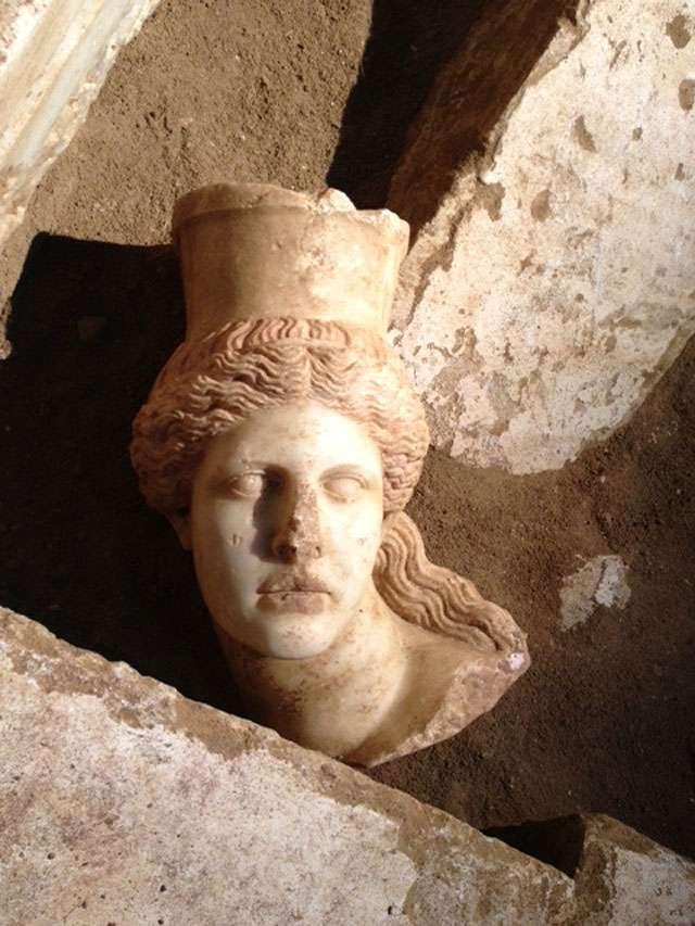 Το κεφάλι της Σφίγγας στην Αμφίπολη