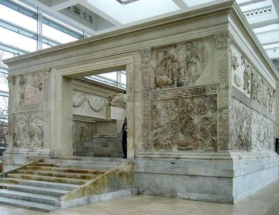 Ο Βωμός της Αυγούστειας Ειρήνης (Ara Pacis Augustae) στη Ρώμη, 30/1/9 π.Χ.