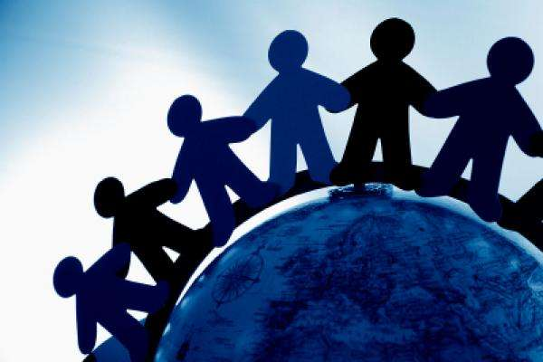 Υπάρχει πάντα στον αντίποδα κάθε κρίσης μια κοινωνική  δυναμική, που είναι ικανή, εφόσον ενεργοποιηθεί, να δώσει την κατάλληλη απάντηση σε κάθε μορφή δυσλειτουργίας της αγοράς και της οικονομίας.