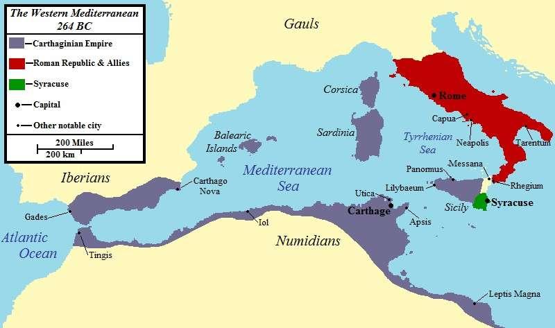 Χάρτης της δυτικής Μεσογείου το 264 π.Χ.: οι Ρωμαίοι σημειώνονται με κόκκινο, οι Καρχηδόνιοι με γκρι, οι Συρακούσιοι με πράσινο.