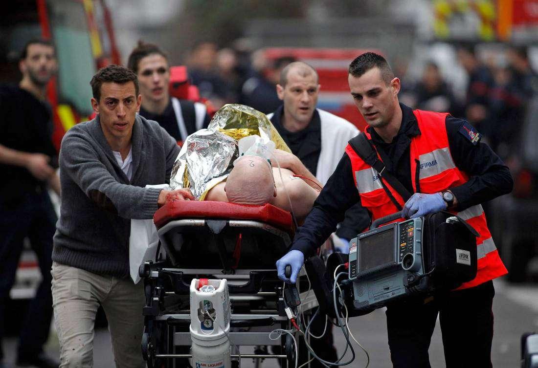 Οι άμαχοι Γάλλοι πολίτες που δολοφονήθηκαν είναι θύματα μιας τρομοκρατίας που ασκείται ως υποκατάστατο «πολεμικής πράξης» ενάντια σε μια μεγάλη ευρωπαϊκή Δύναμη.