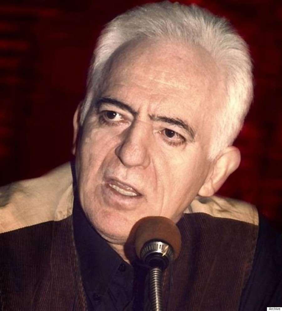 Ο Γιώργος Καραμπελιάς είναι Έλληνας συγγραφέας και πολιτικός αναλυτής.