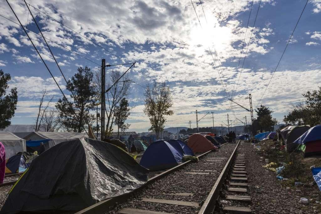 σκηνές με πρόσφυγες στην Ελλάδα