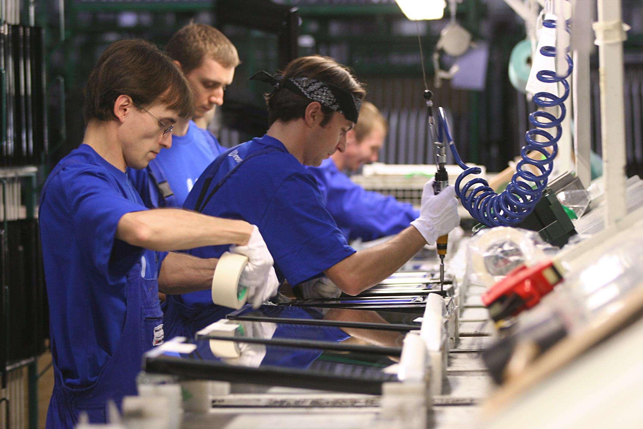 Για δράσεις βιομηχανικής έρευνας, το ποσοστό της ενίσχυσης μπορεί να ανέλθει στο 60% για τις μεσαίες και στο 70% για τις μικρές επιχειρήσεις.
