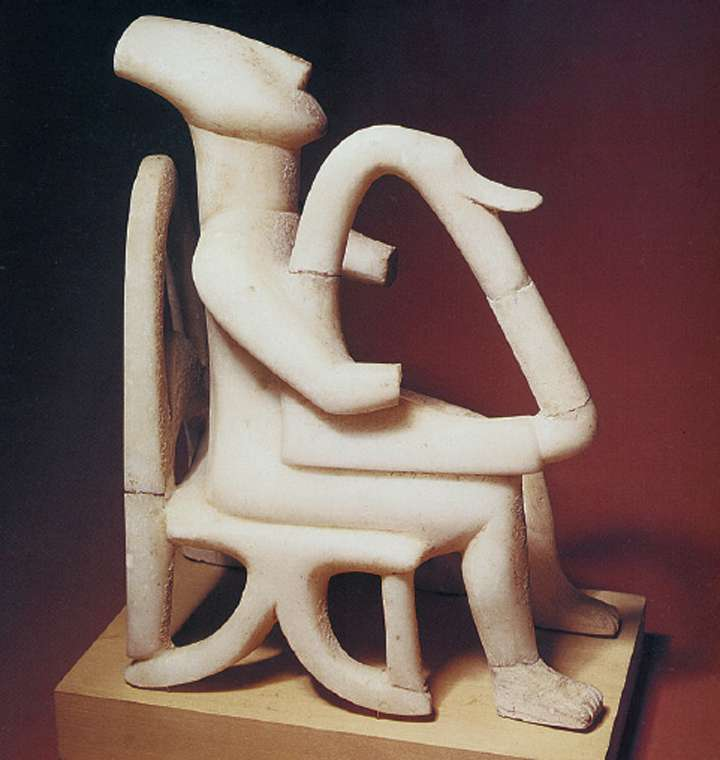 Από τα ωραιότερα και πιο γνωστά έργα του κυκλαδικού πολιτισμού είναι ο λεγόμενος «αρπιστής της Κέρου».