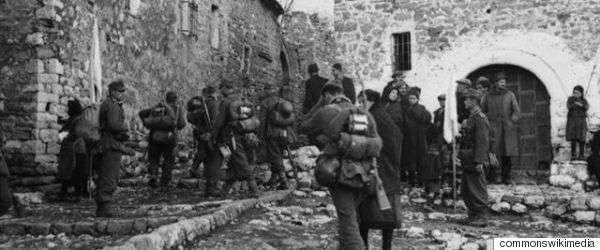 Οι γερμανικές κατοχικές δυνάμεις έρχονται στη Θεσπρωτία περί τα μέσα Ιουλίου του 1943 προερχόμενες από τον Καύκασο, όπου επιχειρούσαν εναντίον των σοβιετικών δυνάμεων, με ενδιάμεσο σταθμό το Μαυροβούνιο στα πλαίσια εκκαθαριστικών επιχειρήσεων εναντίον των ανταρτών του Τίτο.