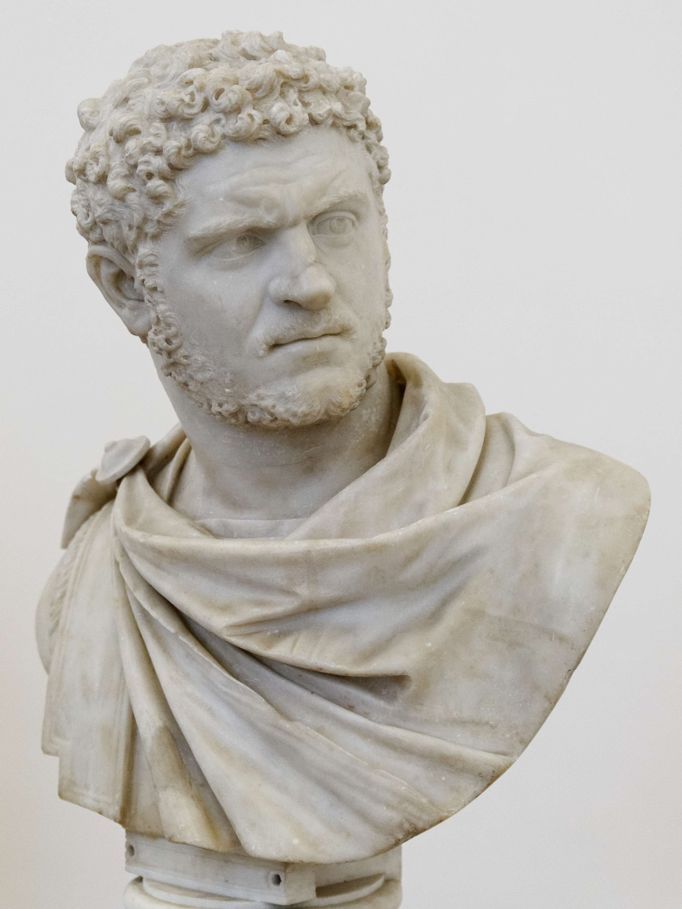 Ο Καρακάλλας (Marcus Aurelius Severus Antoninus[1], 4 Απριλίου 188 - 8 Απριλίου 217) ήταν Ρωμαίος αυτοκράτορας από το 198 έως το 217