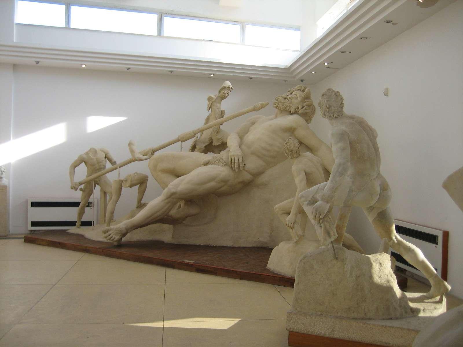Η τύφλωση του Πολύφημου. The blinding of Polyphemus, a reconstruction from the villa of Tiberius at Sperlonga, 1st century AD