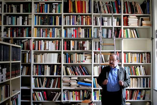 Η αντι-βιβλιοθήκη του Ουμπέρτο Έκο