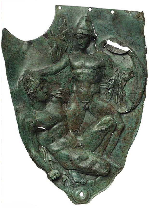 Παραγναθίδα χάλκινου κράνους από τη Δωδώνη. Τέλη 5ου αι. - αρχές 4ου αι. π. Χ. Αρχαιολογικό Μουσείο Αθηνών