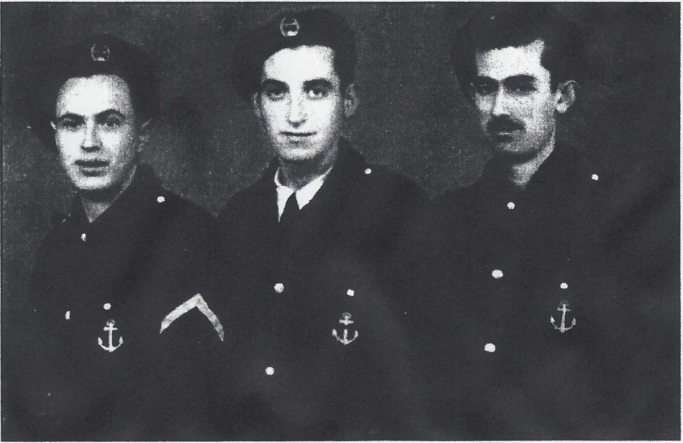 Ελανίτες της VI Μοίρας το 1944 στη Θεσσαλονίκη . Στη μέση διακρίνεται ο Άγγελος Λασκαρίδης από την Ποταμιά της Θάσου. Ο Άγγελος Λασκαρίδης με τον αδελφό του Γιάννη εγκαταστάθηκαν στα δύσκολα χρόνια της Κατοχής στην Ιερισσό. Ο Γιάννης έμεινε για εργασία στην κωμόπολη της Ιερισσού ενώ ο Άγγελος μετακινήθηκε στη Θεσσαλονίκη για σπουδές. Στα μέσα του 1943 εντάσσονται τα δύο αδέλφια στο ΕΛΑΝ Ιερισσού. Ο Άγγελος μετά την κατάληψη του λιμένα Θεσσαλονίκης από το ΕΛΑΝ εκτέλεσε χρέη λιμενάρχη Θεσσαλονίκης με τη βοήθεια του καπετάν Μιλτιάδη του Σοφιανού.