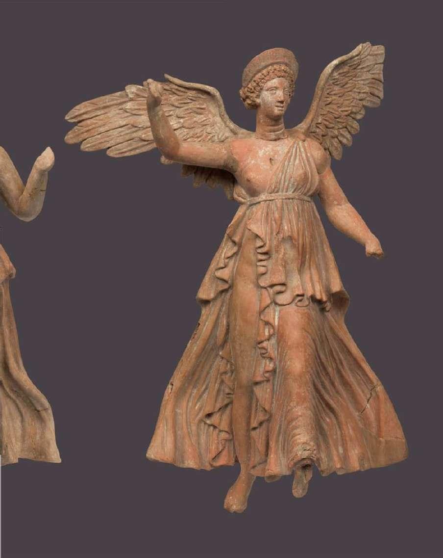 Πήλινο ειδώλιο Νίκης από τη Μύρινα της Λήμνου. 2ος αιώνας π.Χ. Εθνικό Αρχαιολογικό Μουσείο Αθηνών
