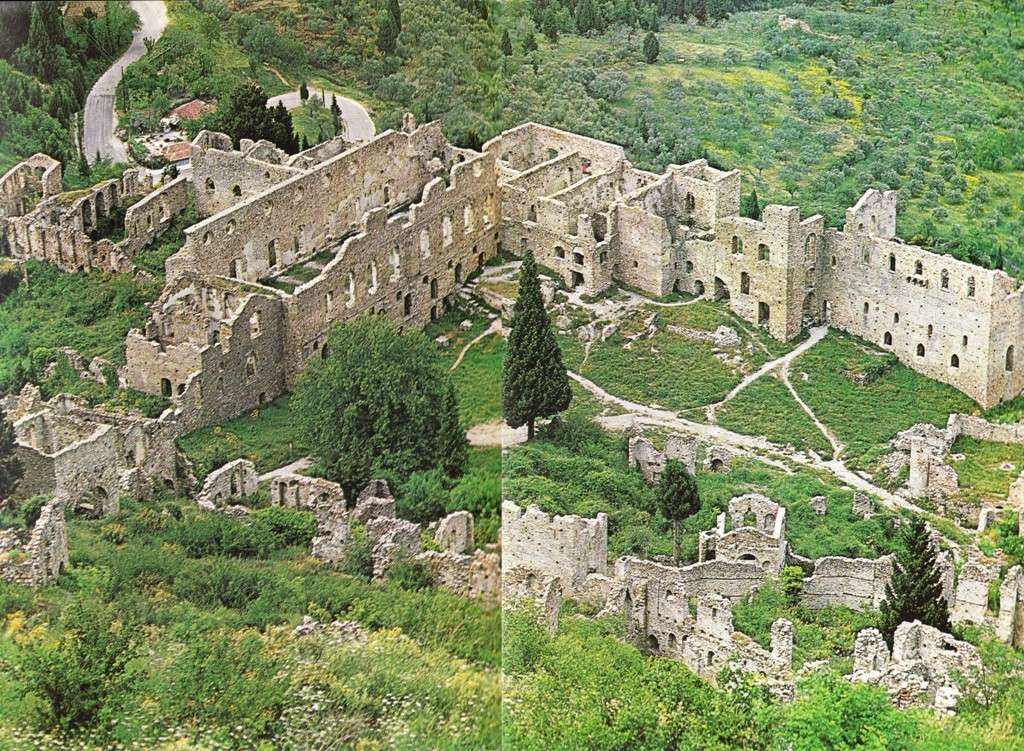Τα παλάτια των Παλαιολόγων στον Μυστρά, όπως σώζονται σήμερα