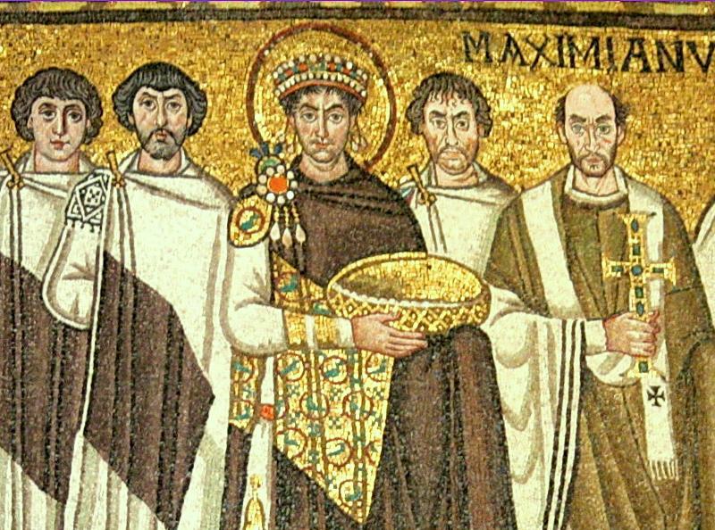 Ο αυτοκράτορας Ιουστινιανός με τη συνοδεία του και ορθόδοξους ιερείς. Ψηφιδωτό στην εκκλησία του Αγίου Βιταλίου, στη Ραβέννα