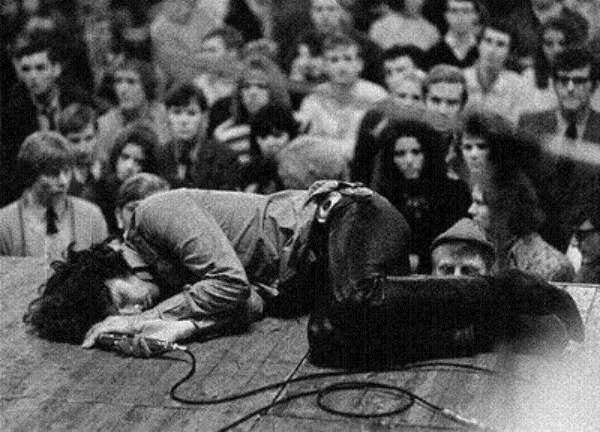 Γράμμα του πατέρα του Jim Morrison – 'να εγκαταλείψει κάθε ιδέα για το τραγούδι'