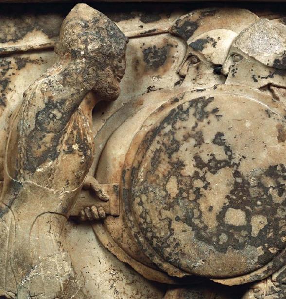 Λεπτομέρεια από τη βόρεια ζωφόρο του θησαυρού των Σιφνίων. Αρχαιολογικό Μουσείο Δελφών