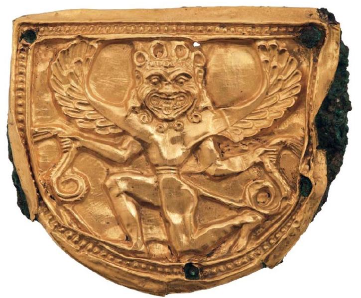 Χρυσό έλασμα με έκτυπη παράσταση Γοργόνας. Αρχαιολογικό Μουσείο Δελφών