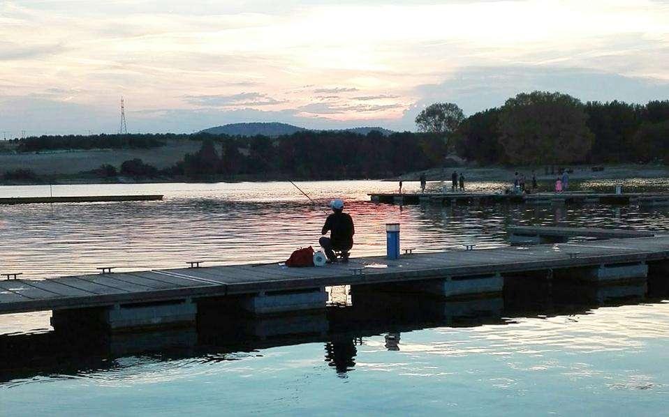 Η ΔΕΗ είχε αρχίσει να κατασκευάζει το υδροηλεκτρικό φράγμα Πολυφύτου για την εκμετάλλευση των νερών του Αλιάκμονα